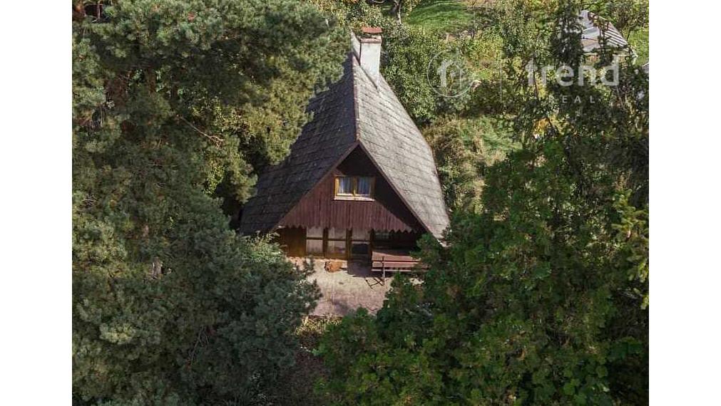 trend Real   Sokoľ - útulná chata s veľkým pozemkom